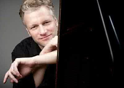 Philipp Richardsen - piano ( Austria )